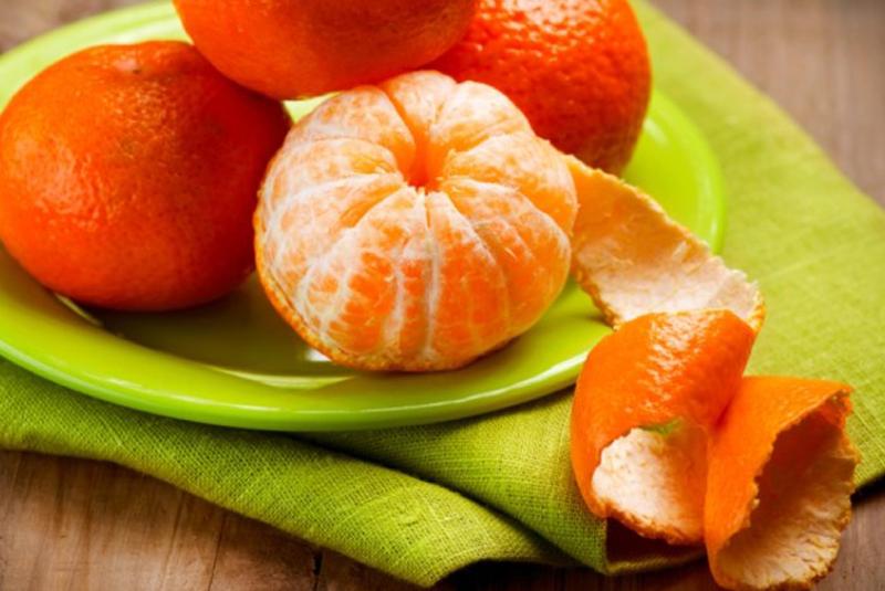 На Закарпатті майже у трьох тоннах мандаринів виявили плодову муху