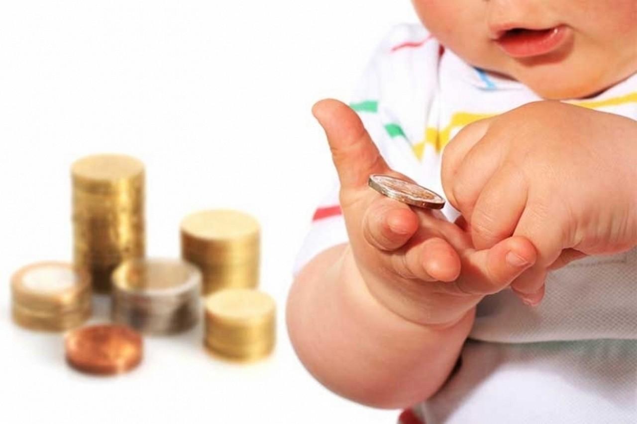 13 тисяч закарпатців боргують аліменти власним дітям