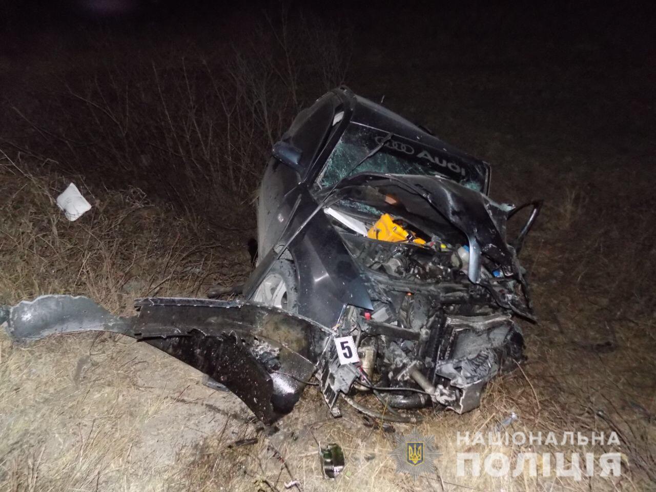 На об'їздній у Хусті зіткулись Audi A5 та Chery Amulet: загинув водій та його 21-річна донька