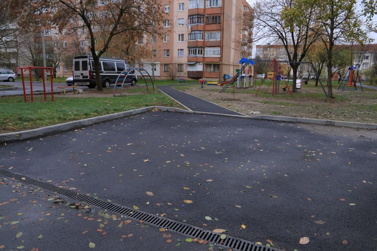 У Мукачеві на ремонт 4 внутрішньоквартальних проїздів витратили понад 2,5 мільйони гривень із бюджету міста