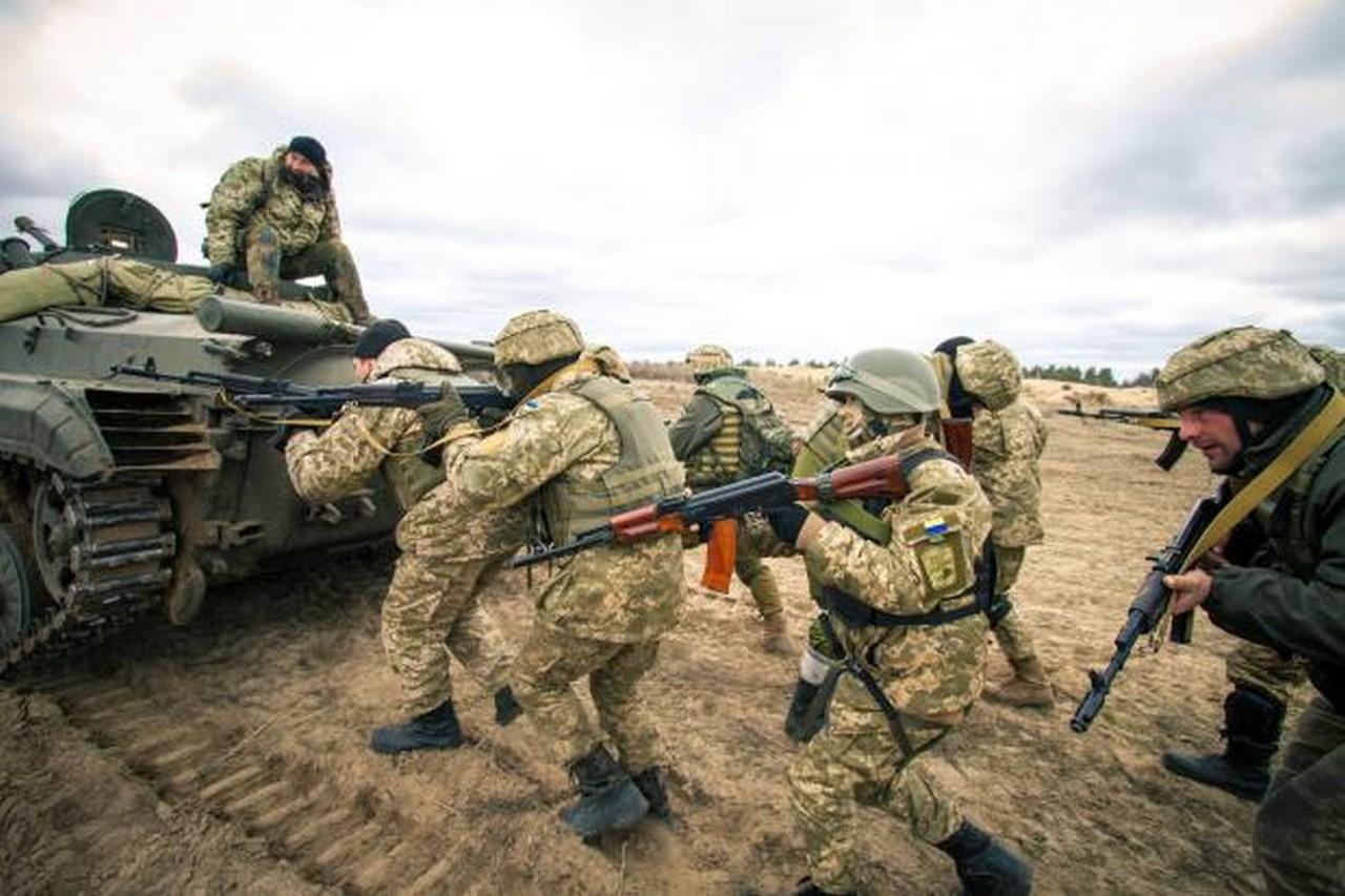 200 закарпатців у грудні відправлять на військові навчання у зв'язку з воєнним станом