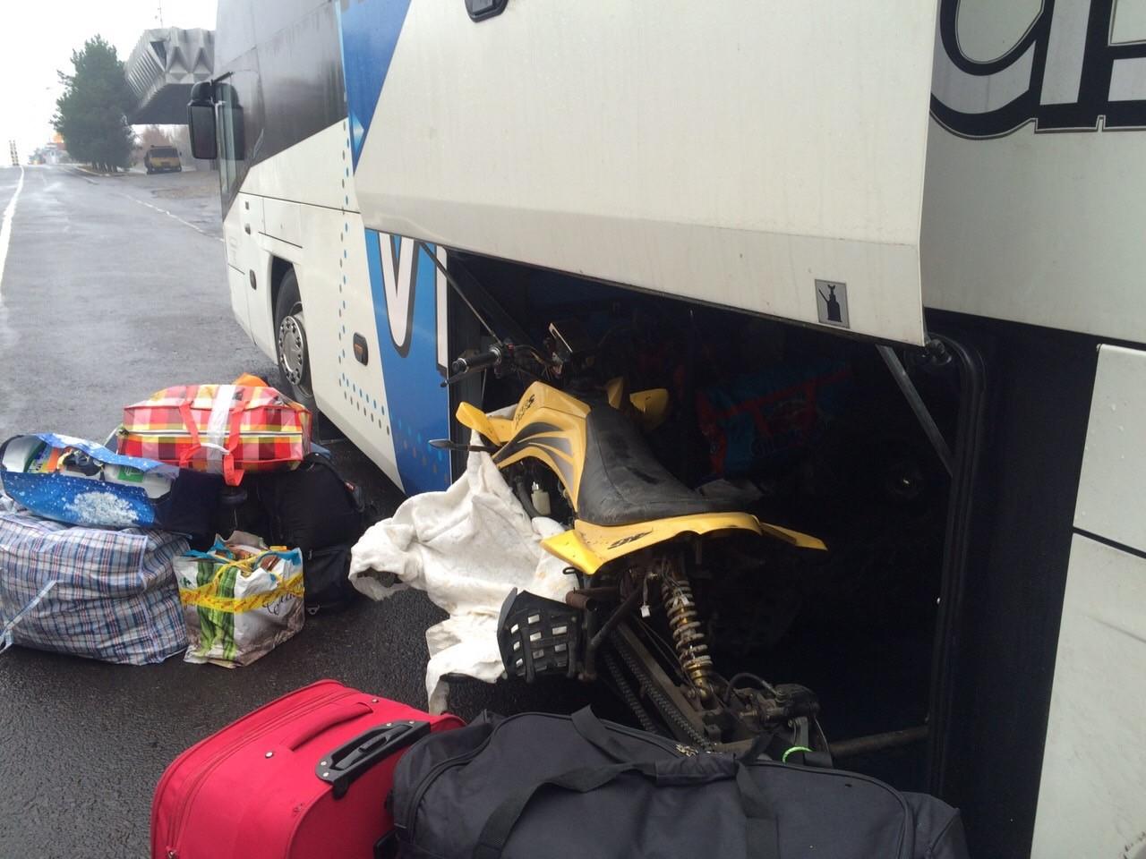 На кордоні в автобусі «Прага – Драгово» виявили неочікувану знахідку