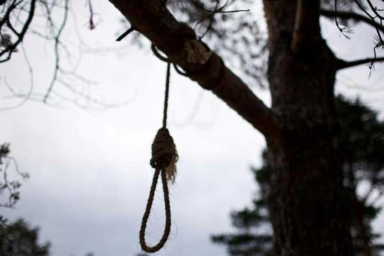 Подробиці моторошного самогубства 15-річного закарпатця