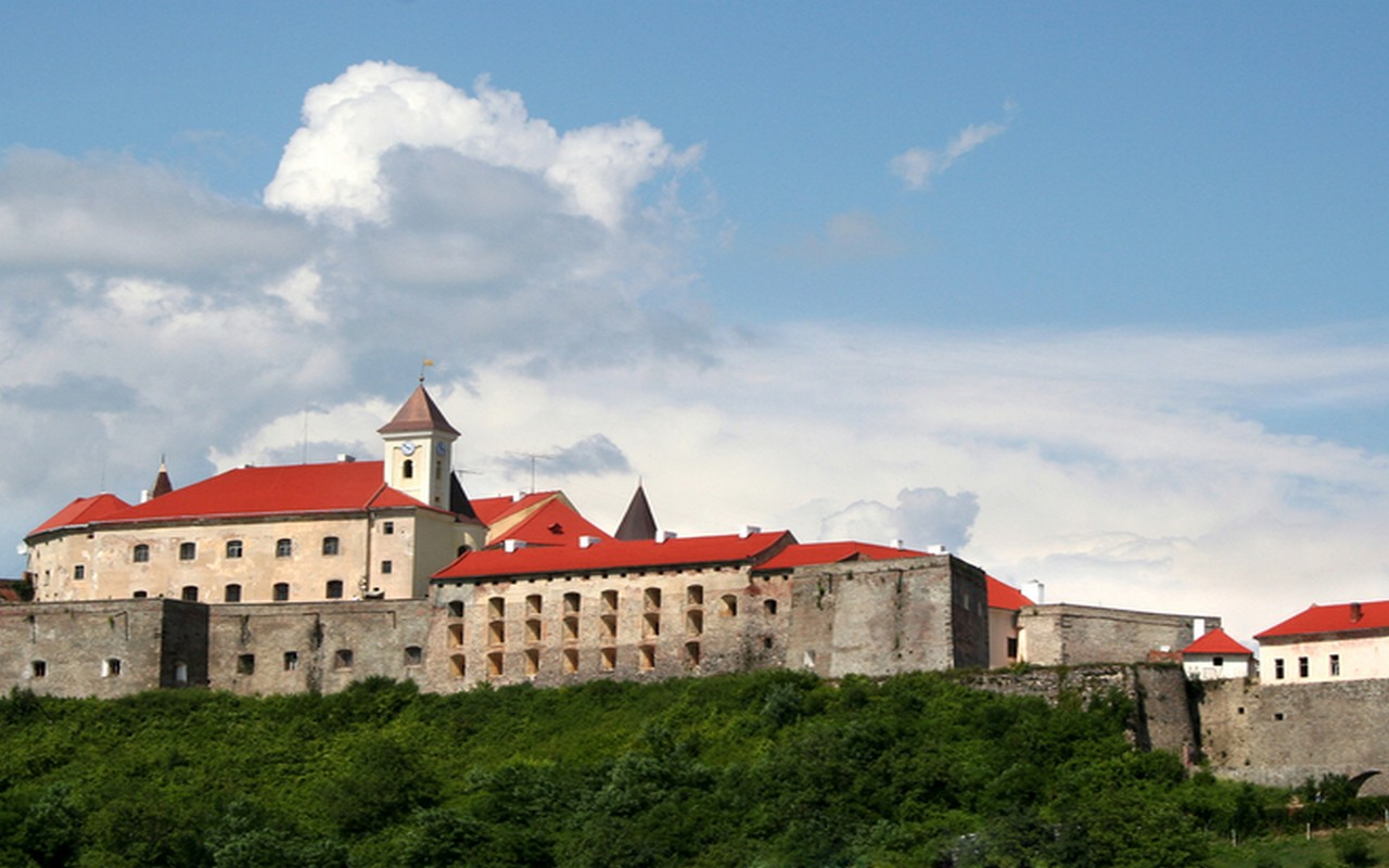 """У замку """"Паланок"""" в Мукачеві з'явиться новий музей"""