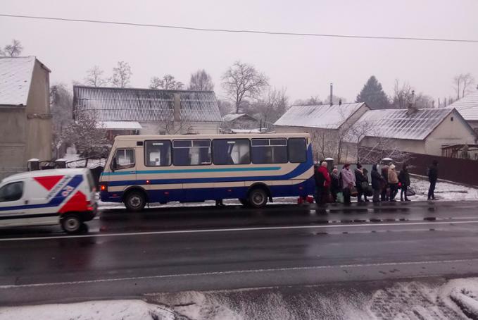 На Мукачівщині рейсовий автобус потрапив у халепу