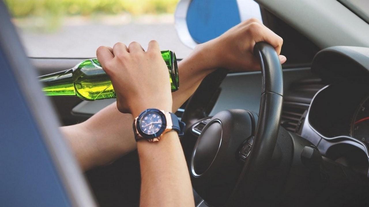 У селі Горонда, що в Мукачівському районі, п'яний водій порушував правила дорожнього руху