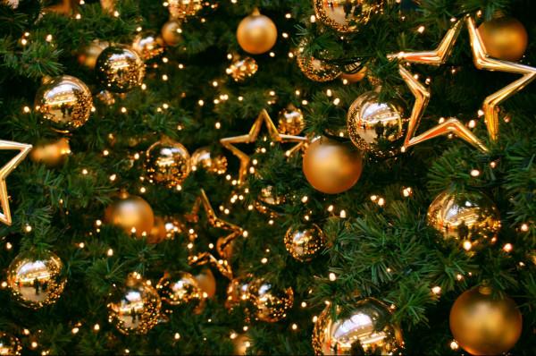 Новорічні вітання, красиві короткі привітання з новиим роком