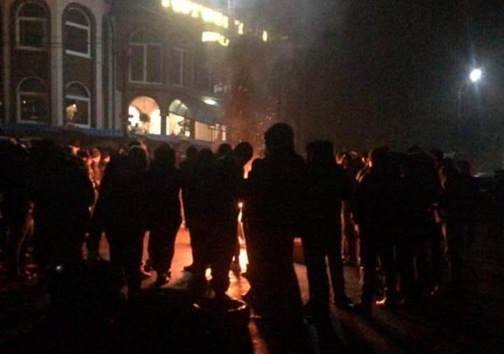 У Нижній Апші перекрили дорогу Мукачево-Рогатин-Львів: поліція попереджає про кримінальну відповідальність