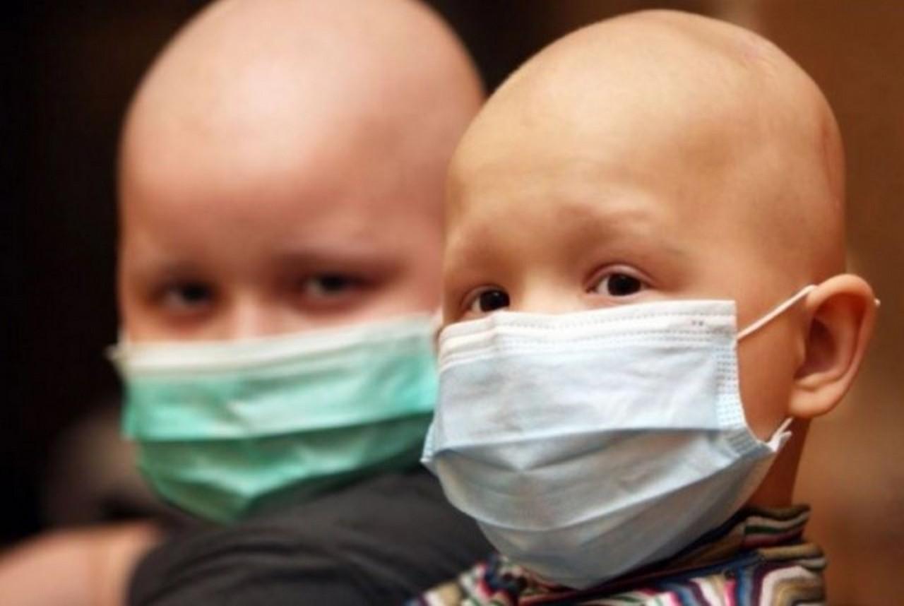У Мукачеві від раку помер хлопчик. Його мама Тетяна Шипот, в пам'ять про сина, робить добрі справи