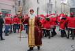 Пісні, танці й привітання: як в Ужгороді пройшов парад Миколайчиків