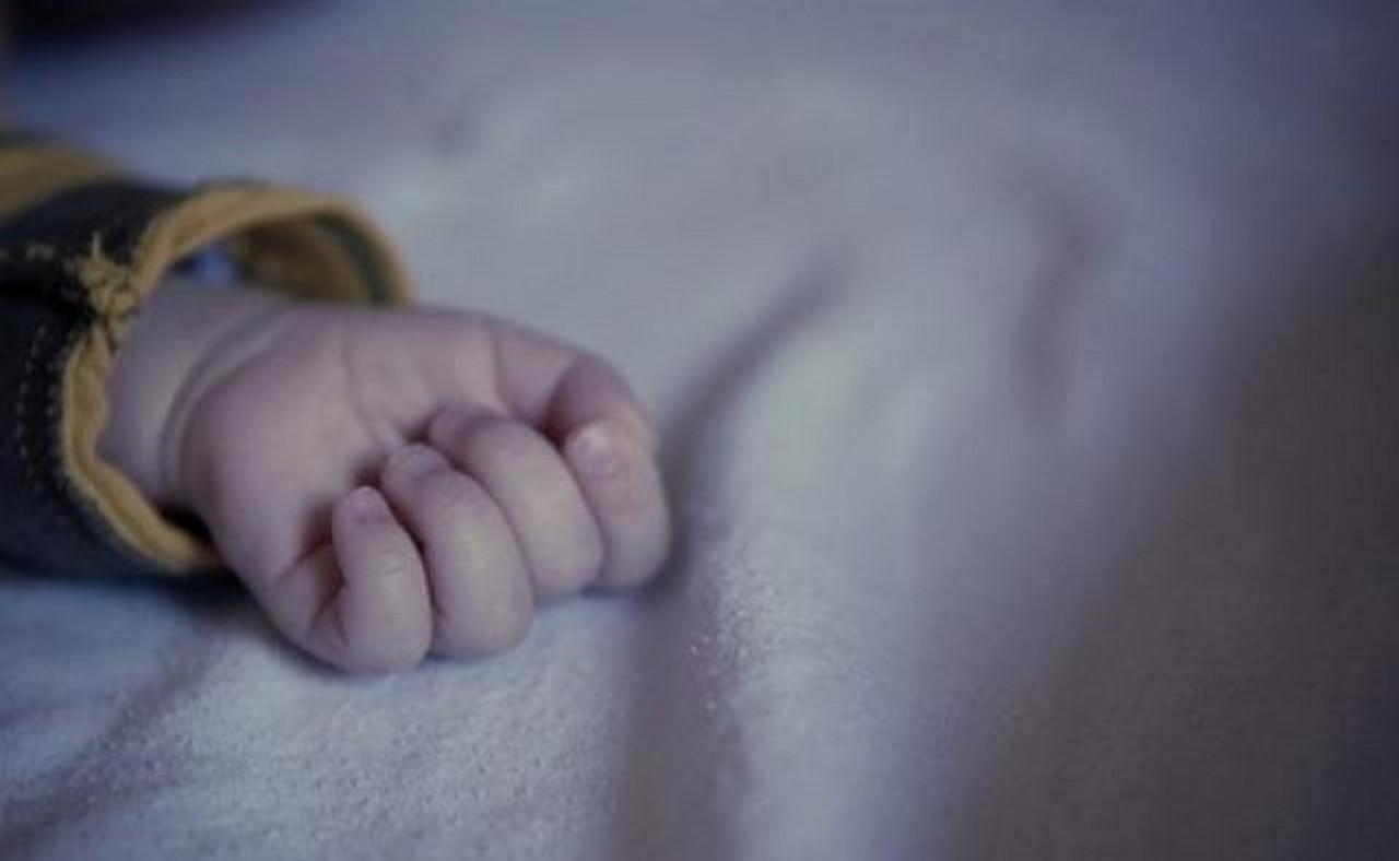 Страшна смерть малюка у Тячівському районі: у горе-матері ще залишилося троє дітей