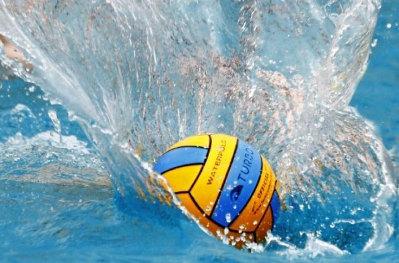 В Ужгороді на турнірі з водного поло змагалися спортсмени із трьох областей України– Закарпатської, Львівської та Одеської