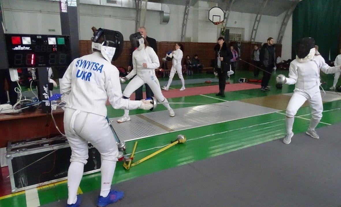 Закарпатські кадети-фехтувальники стали призерами чемпіонату України