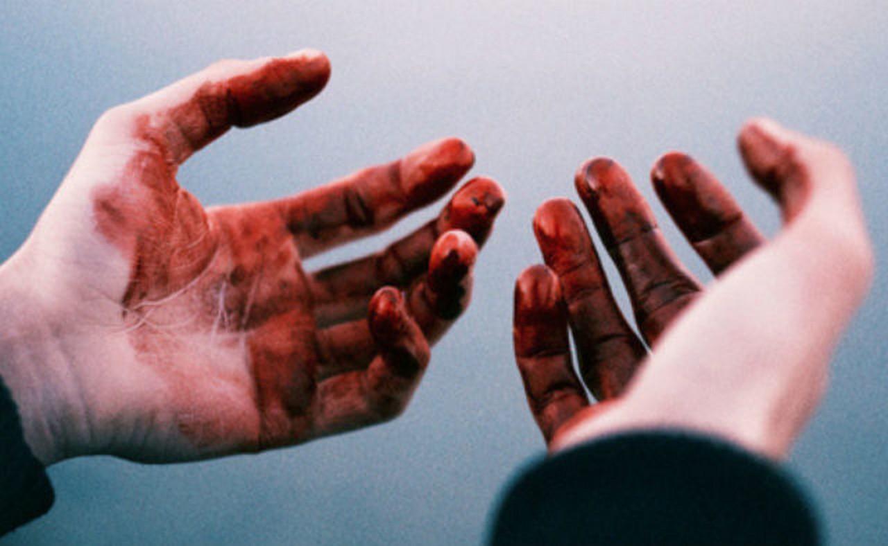 Кривава різанина під час святкування Різдва на Берегівщині: двоє чоловіків отримали ножові поранення