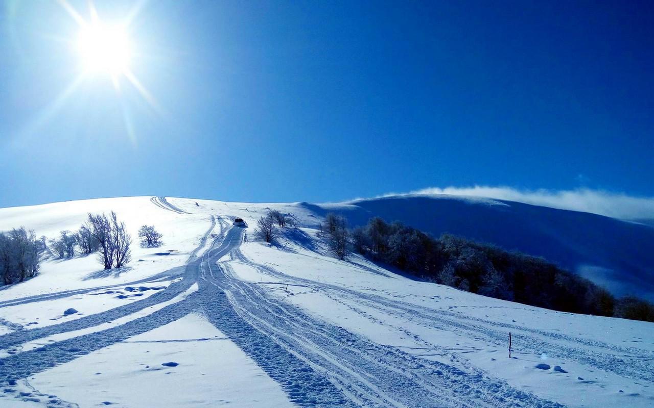 Вночі в районі гори Гимба знайшли трьох лижників