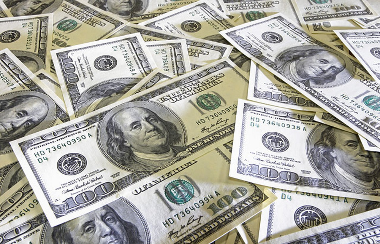 28 грудня долар у банках стрімко подорожчав
