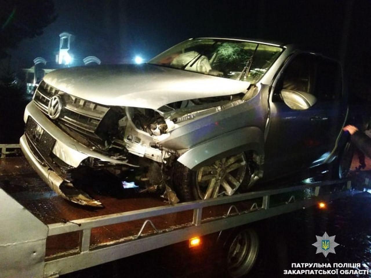 У Мукачеві на вулиці Миру жінка-водій скоїла аварію