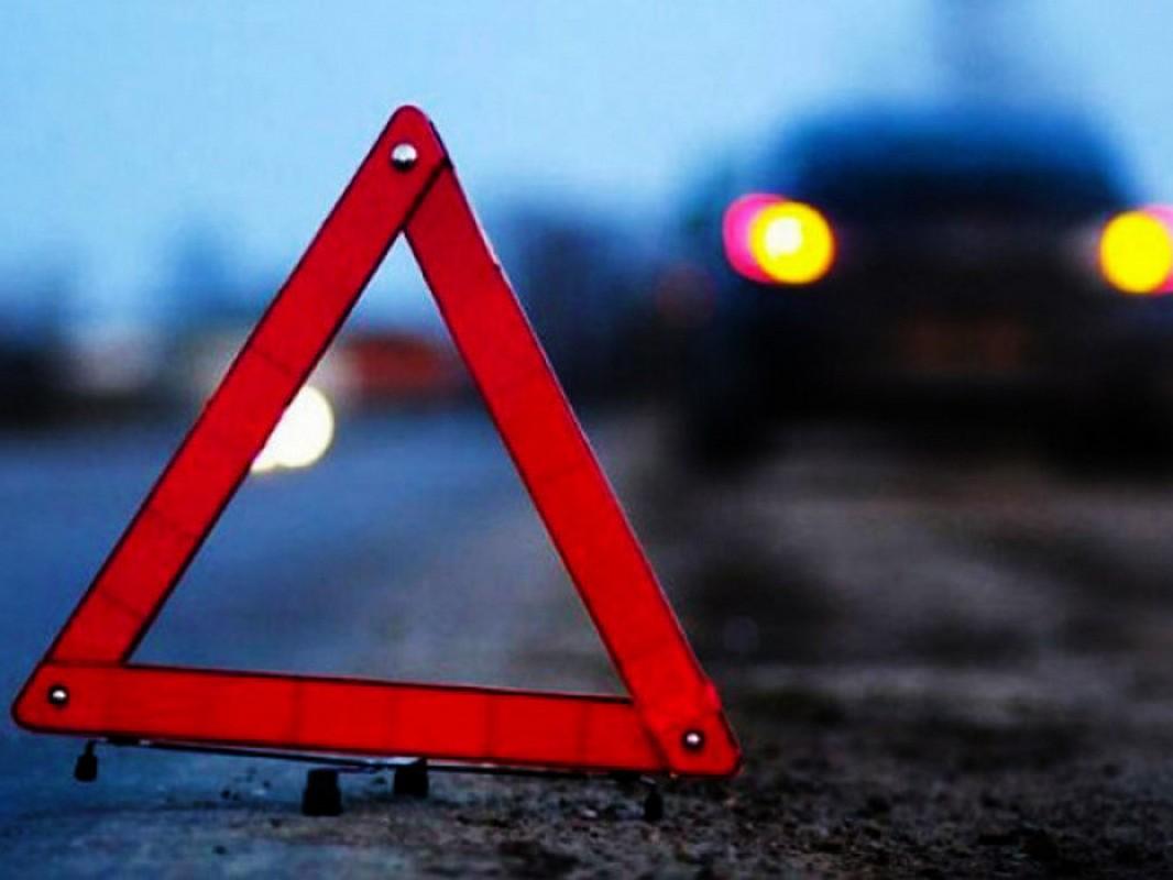 Ввечері у селі Ботар сталася смертельна ДТП: 53-річний чоловік загинув на місці аварії