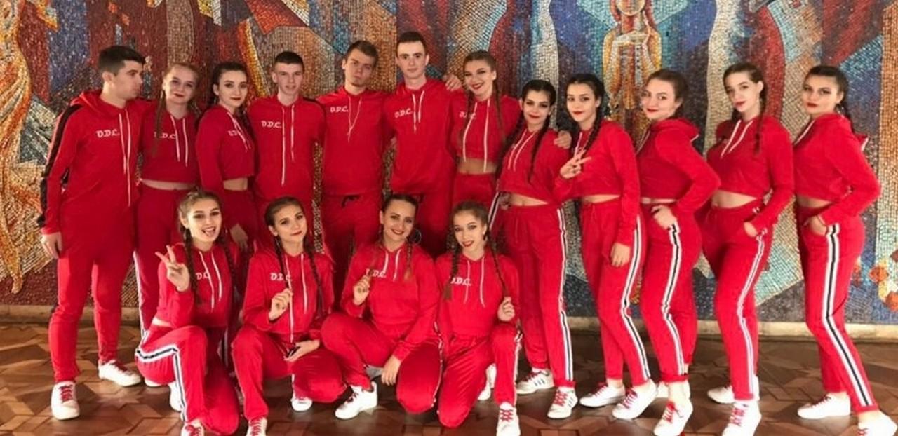 Танцювальний колектив із Закарпаття переміг на міжнародному конкурсі Golden Time Online Chicago 2018