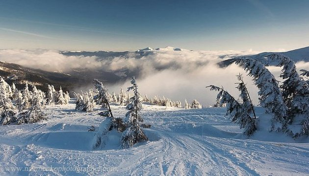 На Драгобраті випало більше метра снігу