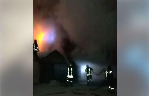 На вулиці Недецеї у Мукачеві сталась пожежа