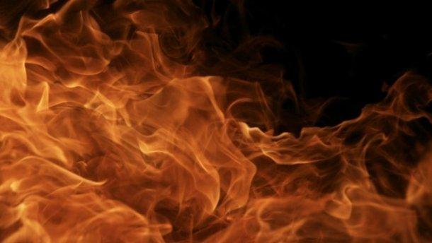 У селі Розтоки під час пожежі у будинку чоловік отримав опіки