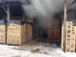 На Мукачівщині спалахнула пожежа на пилорамі