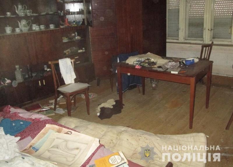 У селі Великі Лучки, що на Мукачівщині чоловік убив дружину і три доби ночував із трупом у будинку