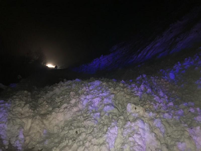 На Закарпатті снігова лавина перекрила трасу Мукачево – Рогатин