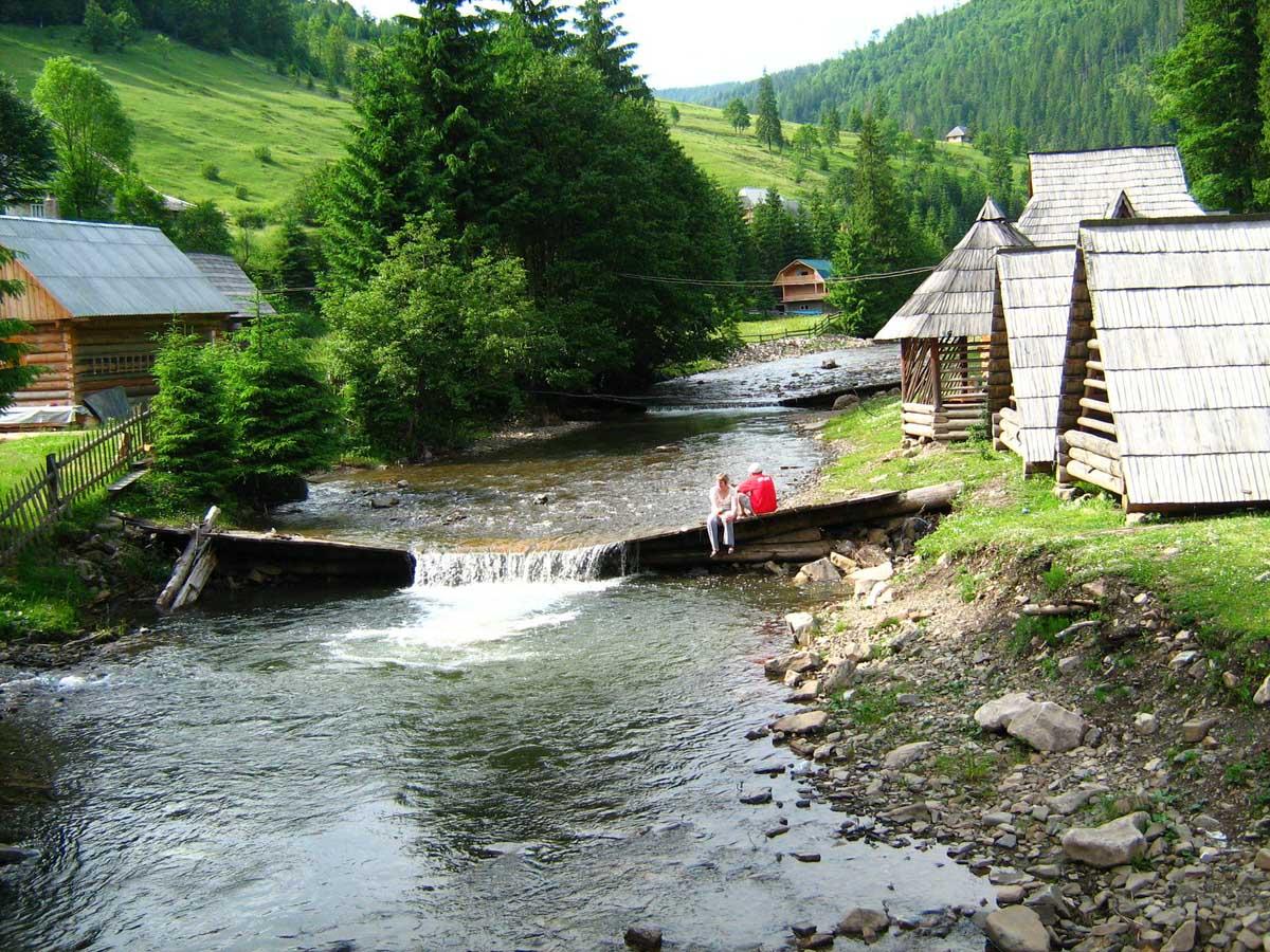 Туристичний збір в Закарпатській області є одним із найбільших в Україні