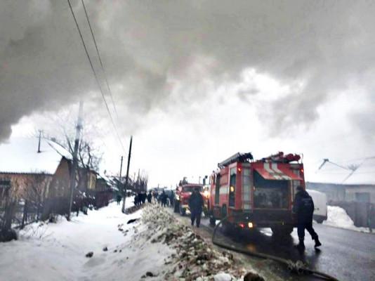 Вогнеборці розповіли про пожежу на Виноградівщині