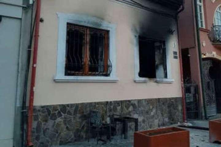 Сьогодні обвинуваченому в організації підриву будівлі «Товариства угорської культури Закарпаття» продовжили термін тримання під вартою