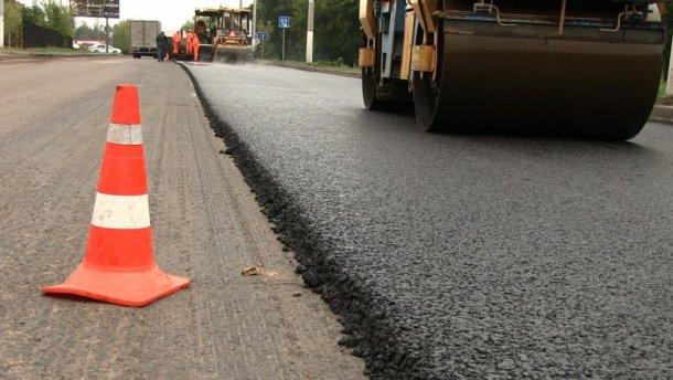 Голова Закарпатської ОДА Геннадій Москаль розповів, коли відновлять ремонт доріг на Закарпатті