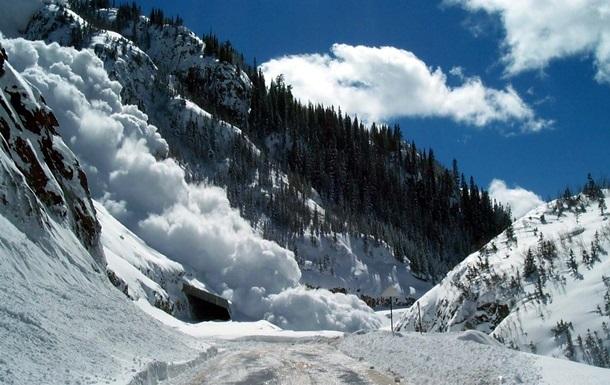 Людей попереджають про небезпеку у горах Закарпаття