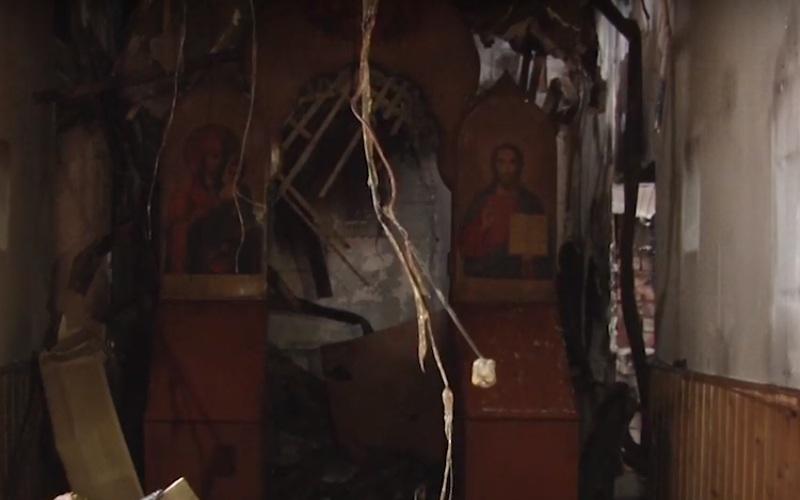 У Нижньому Бистрому під час пожежі, внаслідок якої загинув монах, іконостас і Євангеліє вціліли