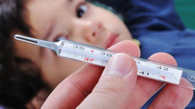 Грип А на Закарпатті: хворіє дедалі більше людей. Уже перевищено епідемпоріг