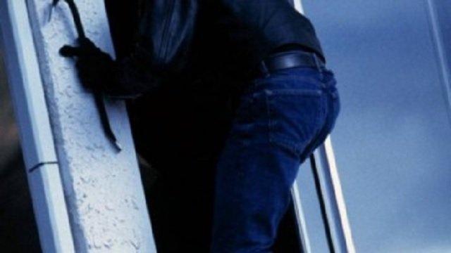Поліцейські розкрили крадіжку з новобудови в Ужгороді