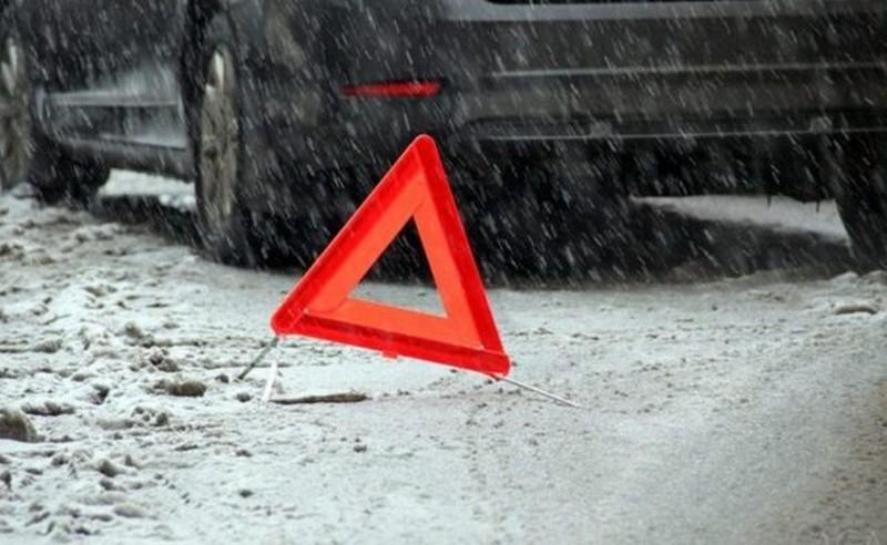 Двоє закарпатців потрапили в ДТП біля села Бабина на Львівщині. Автомобіль Ауді з'їхав у кювет і перекинувся