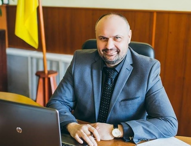 На Закарпатті судять колишнього голову Перечинської РДА Віктора Олефіра, який у липні скоїв смертельну аварію