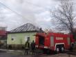 Мукачівські рятувальники розповіли про пожежу у мікрорайоні Росвигово