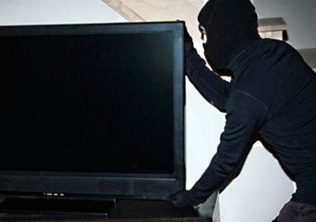 В одному з готелів Ужгорода скоїли злочин – вкрали телевізор