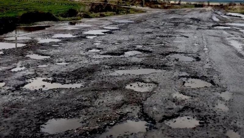 На телеканалі 1+1 розповіли про жахливий стан дороги Мукачево-Львів