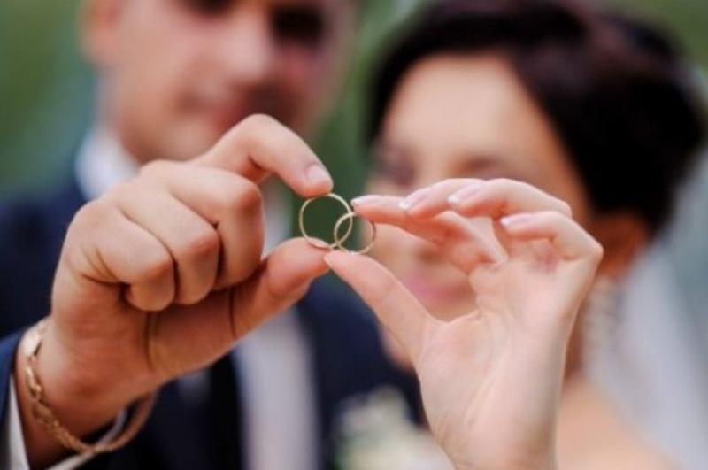 У День закоханих, 14 лютого, у Мукачеві одружаться 9 пар