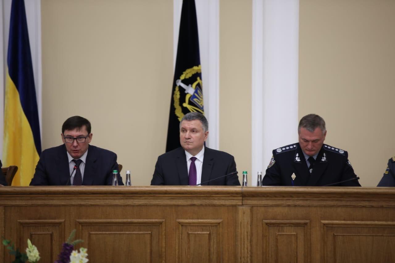 Вісім кандидатів у президенти України попросили охорону у Нацполіції