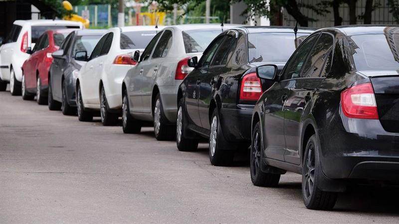 Заборонити імпорт транспортних засобів  з РФ – троє закарпатських нардепів – Горват, Лунченко і Петьовка відстоюють національні інтереси