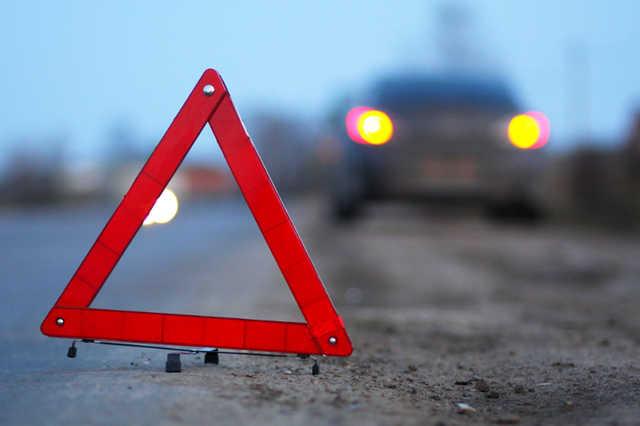 20 лютого у Мукачеві сталася ДТП. Чотирьох людей забрала швидка, один чоловік у важкому стані