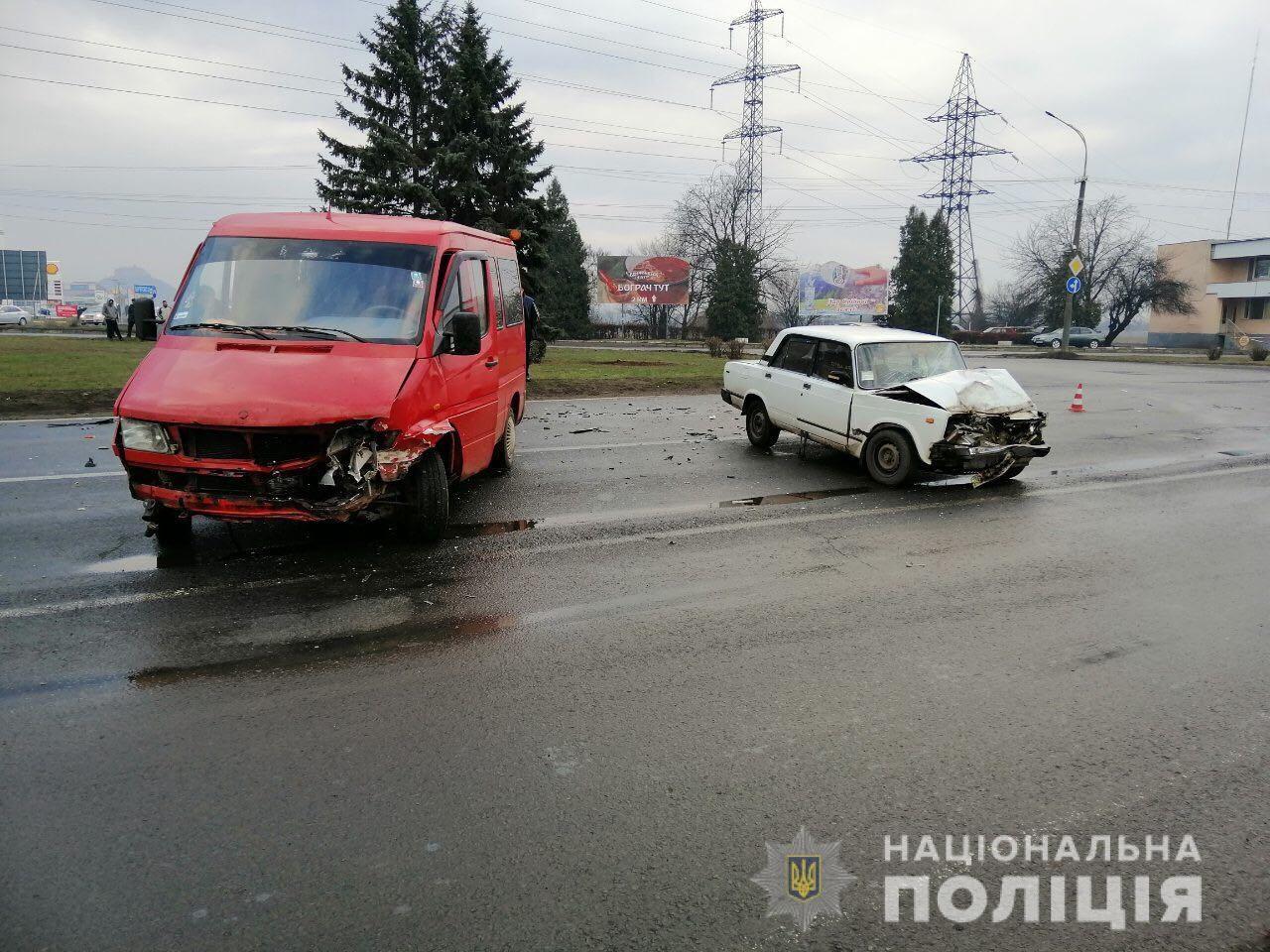 Ранкова аварія у Мукачеві: поліція розповіла усі подробиці