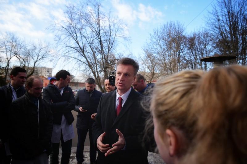 Закарпаття відвідав ще один кандидат на посаду Президента України – Валентин Наливайченко