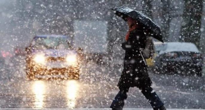 Закарпаття накриє мокрий сніг із дощем, а температура повітря різко знизиться
