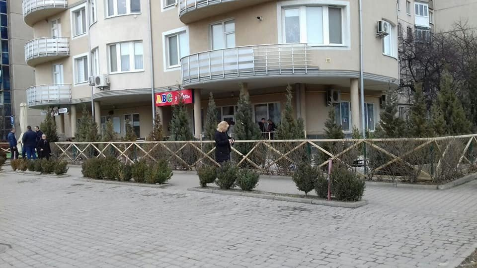 Невідомі вкрали в Ужгороді з-під будинку автомобіль Volkswаgen Pаssаt